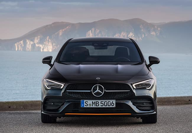2020 CLA - Front view in front of mountains