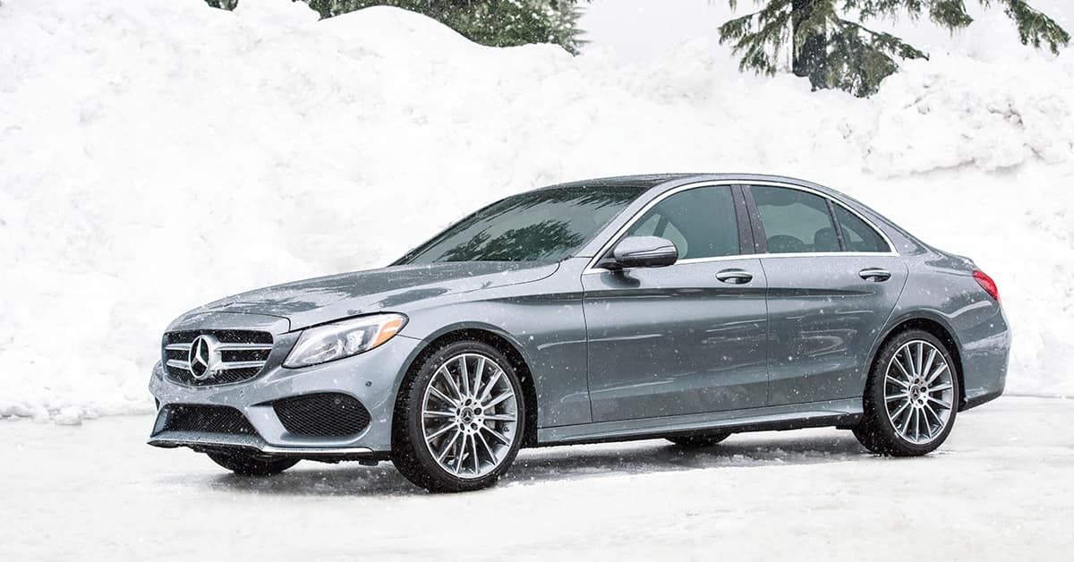 Mercedes-Benz in Snow
