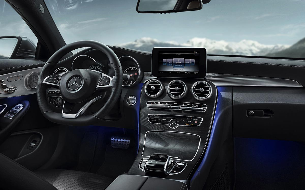 2017 Mercedes-Benz C300 Coupe Interior dashboard