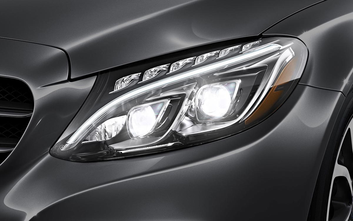 2017 Mercedes-Benz C300 Sedan headlight