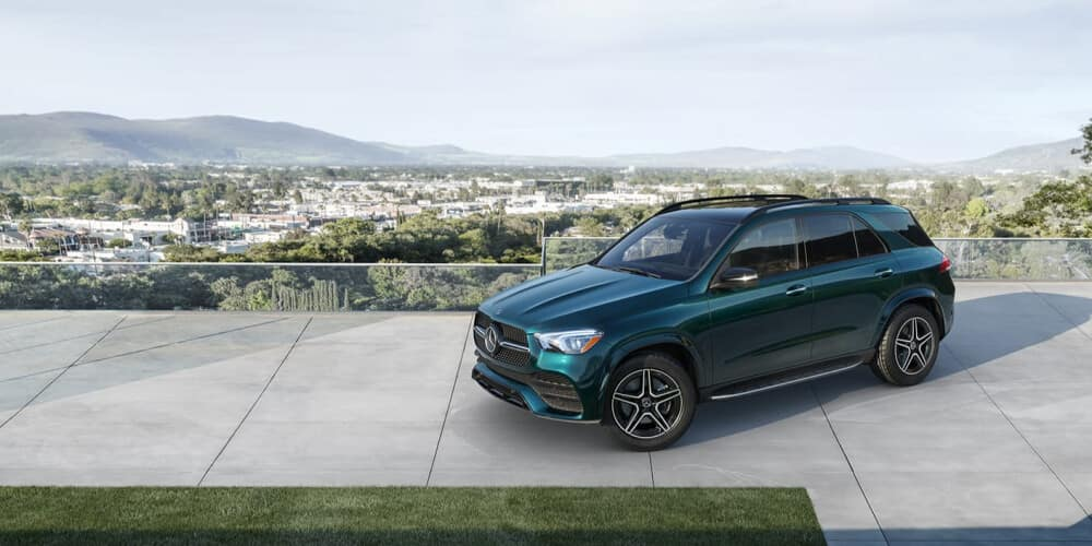 2021 Mercedes-Benz GLE Parked on Concrete