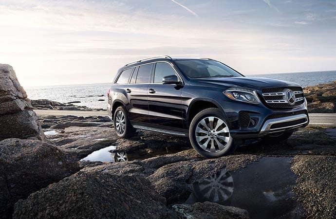 2019 Mercedes-Benz GLS On rocks
