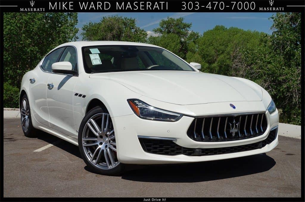 2018 Maserati Ghibli S Q4 luxury sedan