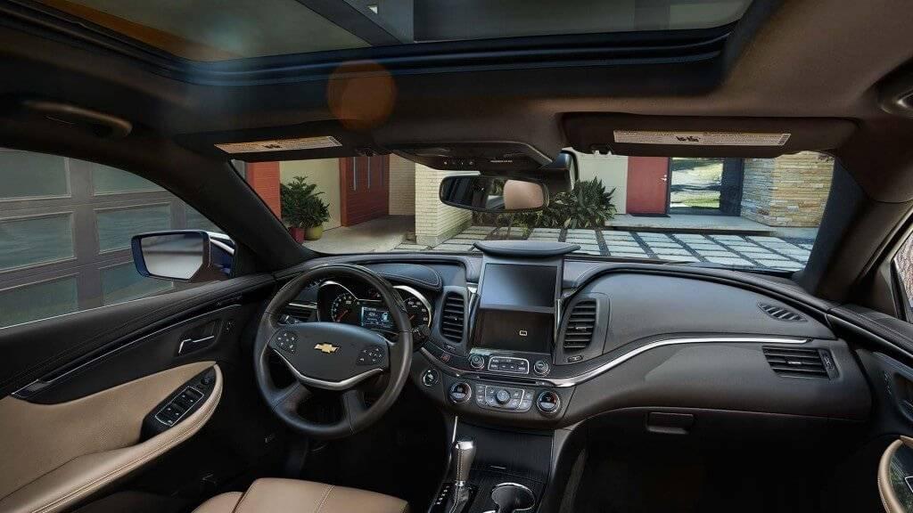 2017-chevy-impala-front-interior