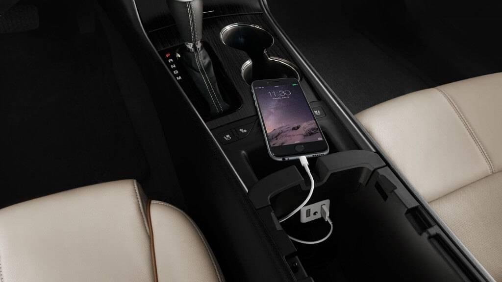 2017-chevy-impala-interior-phone-charger