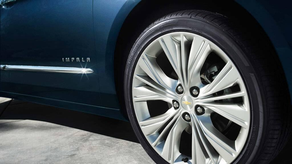 2017-chevy-impala-wheel-closeup