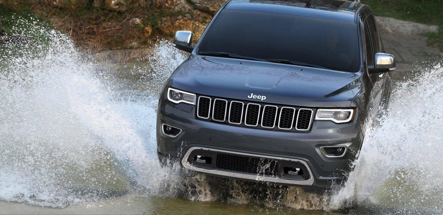 2017-Jeep-Grand-Cherokee-Gallery-Capability-Offroad-Water