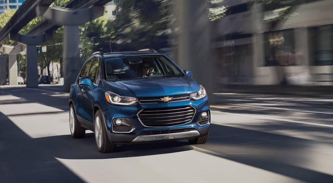 women drives 2019 Chevrolet Trax