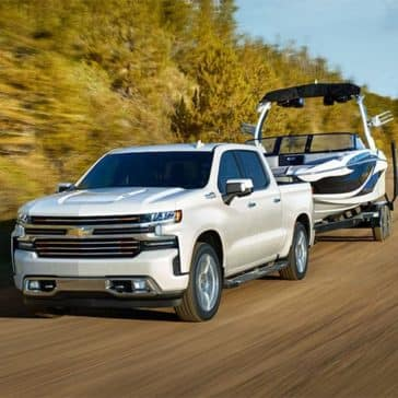 2019-Chevrolet-Silverado-with-Trailer
