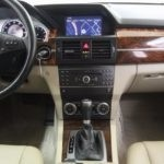 Interior technology 2010 Mercedes-Benz GLK350 for sale Red Noland Pre-Owned