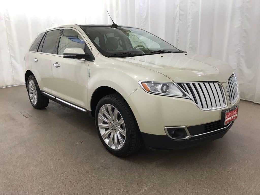 Gently preowned 2015 Lincoln MKX
