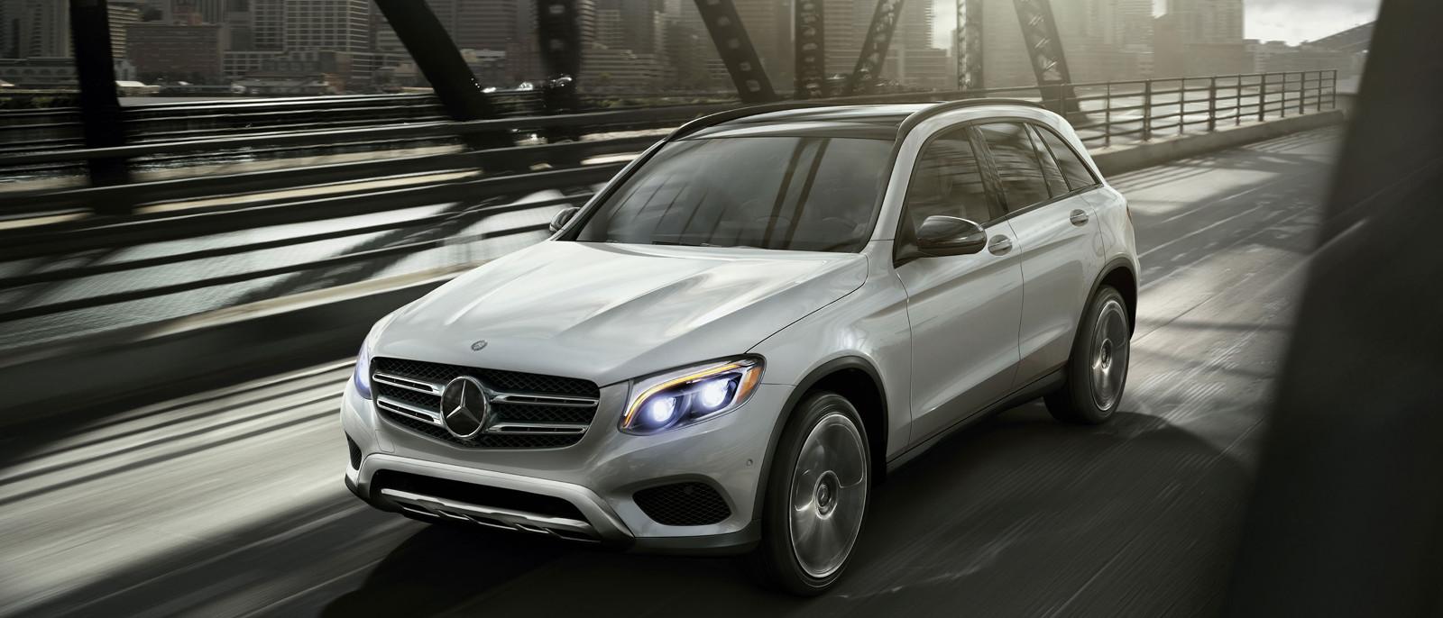 Le glc 300 2016 de mercedes benz un vus vraiment fonctionnel for Mercedes benz silver star