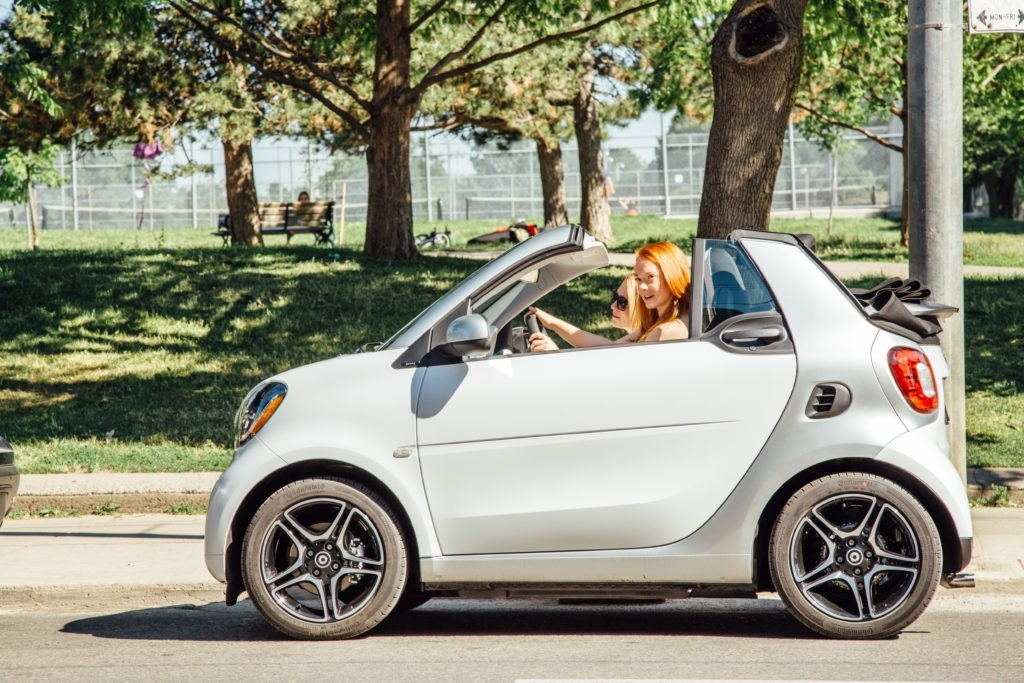 mercedes canada smart car Smart cars: view the 2019 smart cars lineup, including detailed smart prices, professional smart car reviews, and complete 2019 smart car specifications.