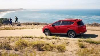 2017-toyota-rav4-red