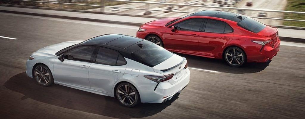 2018-toyota-camry-red-silver-rear-side-view