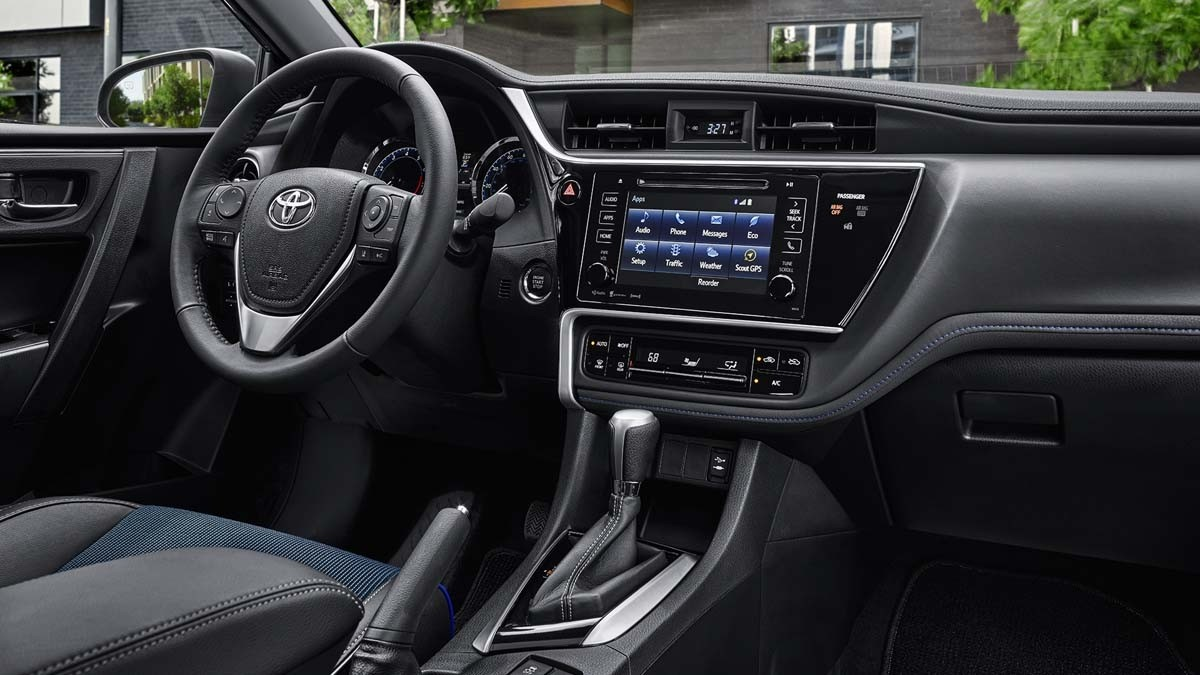 2017 Toyota Corolla Interior Features