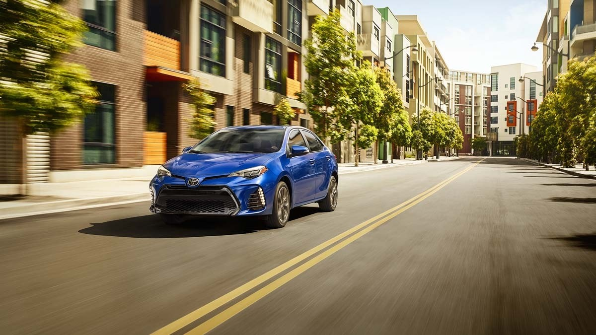 2017 Toyota Corolla SE Premium Package driving