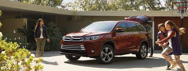 Toyota Dealer Miami >> How Much Can the Toyota Highlander Tow?