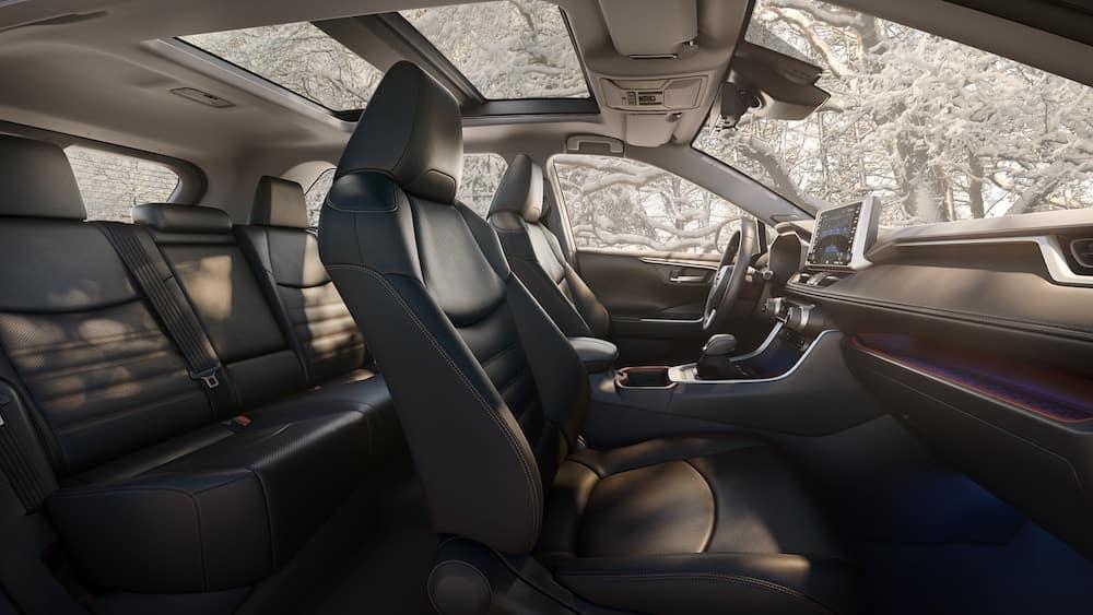 Stupendous 2019 Toyota Rav4 Interior Features And Dimensions Miami Fl Creativecarmelina Interior Chair Design Creativecarmelinacom