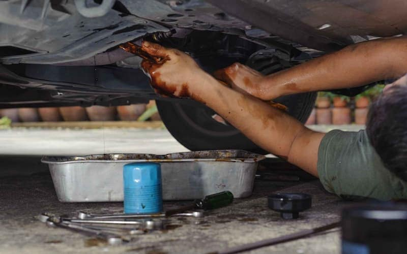 Changing oil filter on car
