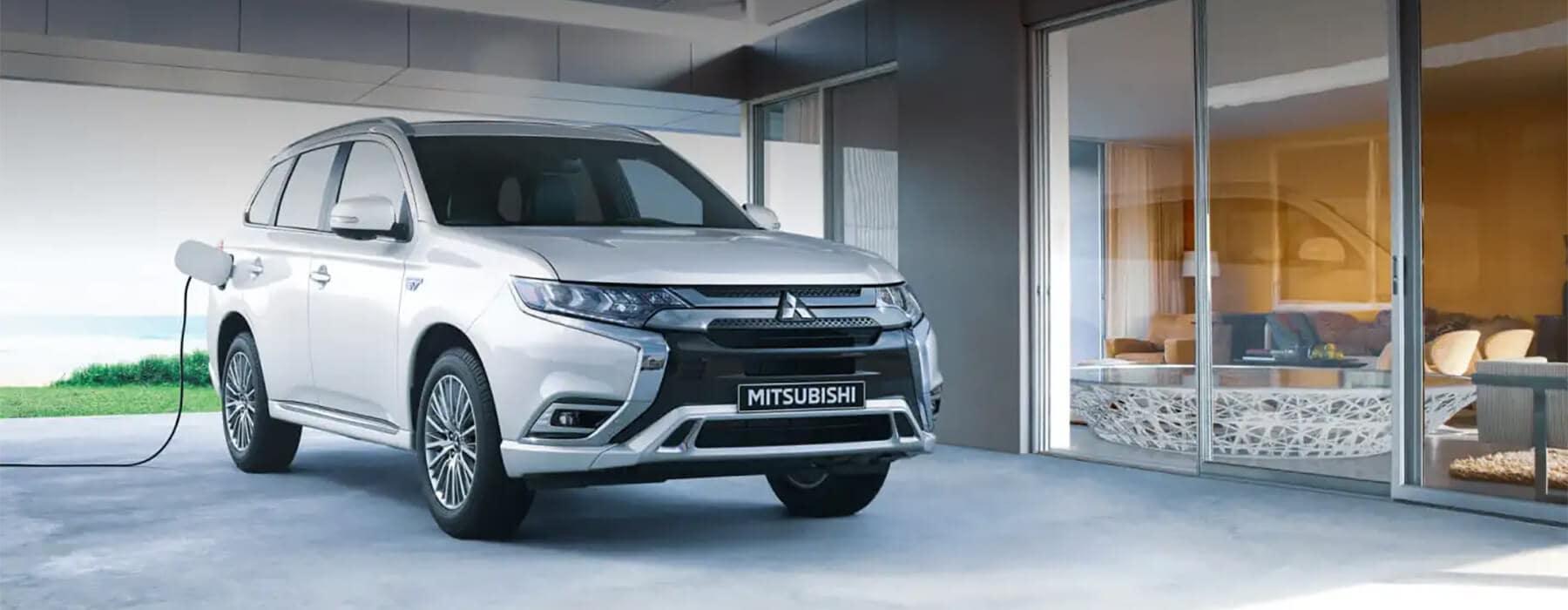 2022 Outlander PHEV Vern Eide Mitsubishi Slider