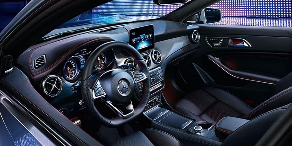 2017 Mercedes-Benz CLA front interior