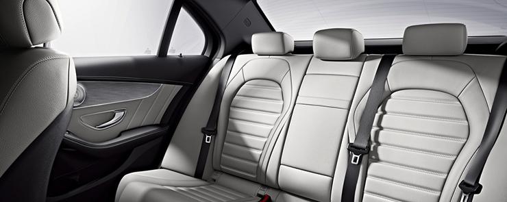 C-Class_Sedan_interior-rear