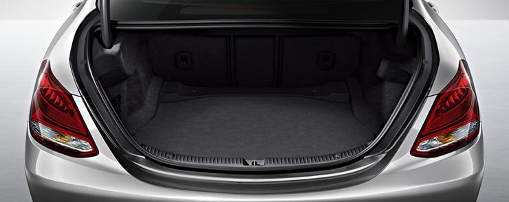 C-Class_Sedan_interior-trunk