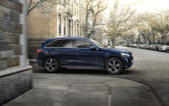2018 MB GLC Driving