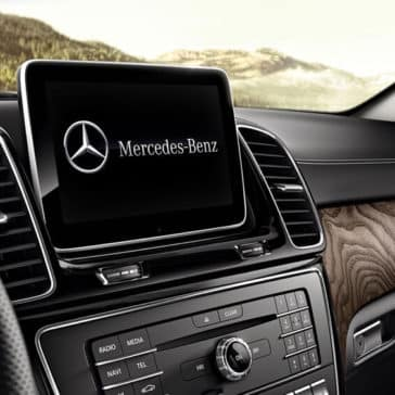 2018 Mercedes-Benz GLE 400 interior features